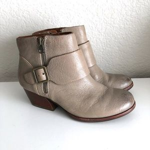 Kork Ease Isa Booties Size 6 M Taupe Gray Leather